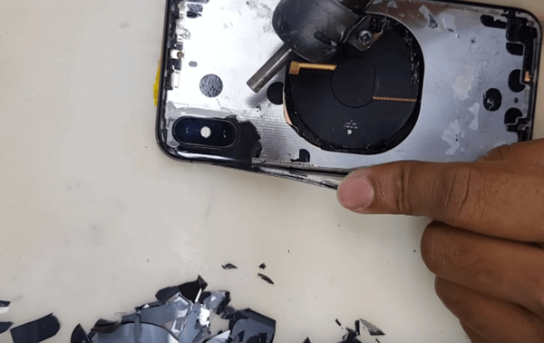 thay mặt lựng iPhone 2