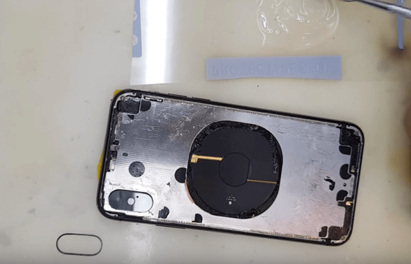 thay mặt lựng iPhone 3